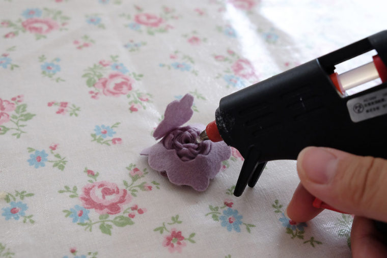 make-of-flower-by-felt-07